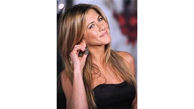 jennifer anniston smirk
